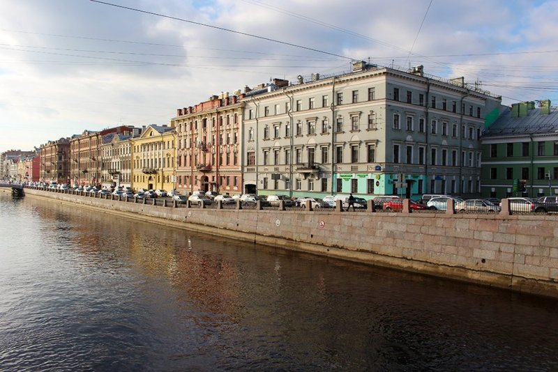A full travel guide to St Petersburg, Russia | Fontanka River Embankment