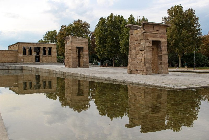 3 Weeks of Solo Travel in Spain: 4 days in Madrid | Temple of Debod