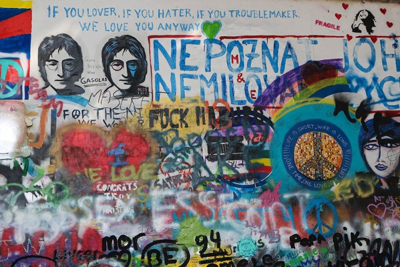 What to do in Prague for free | John Lennon Wall