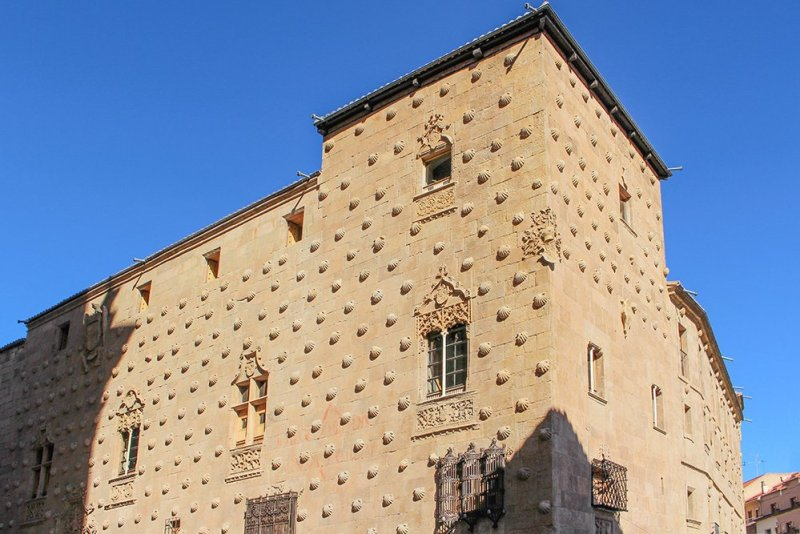 Things to do in Salamanca, Spain | Casa de las Conchas