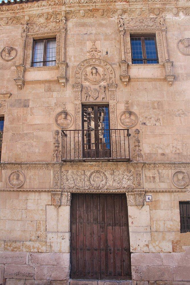 Things to do in Salamanca, Spain   Casa de las Muertes