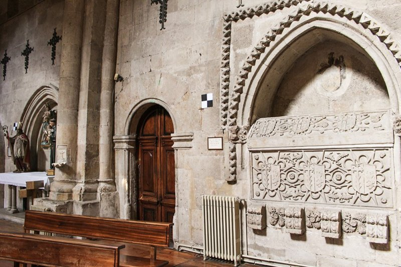 Things to do in Salamanca, Spain | Inside the church of San Martin de Tours