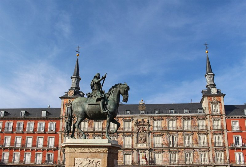 3 weeks in Spain itinerary | Plaza Mayor in Madrid