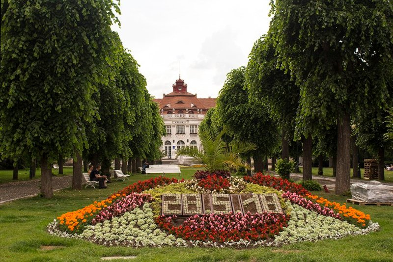 A day trip from Prague: what to do in Karlovy Vary | Smetanovy Sady