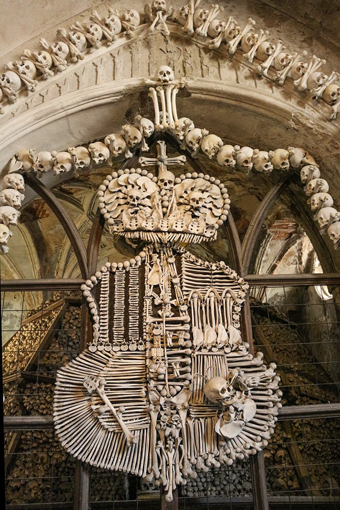 Kutna Hora on a day trip from Prague: things to do | The bone crest in the Sedlec Ossuary