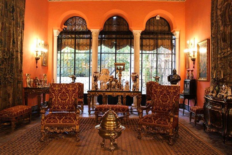 Главные и самые красивые достопримечательности Севильи | Во дворце Дуэний