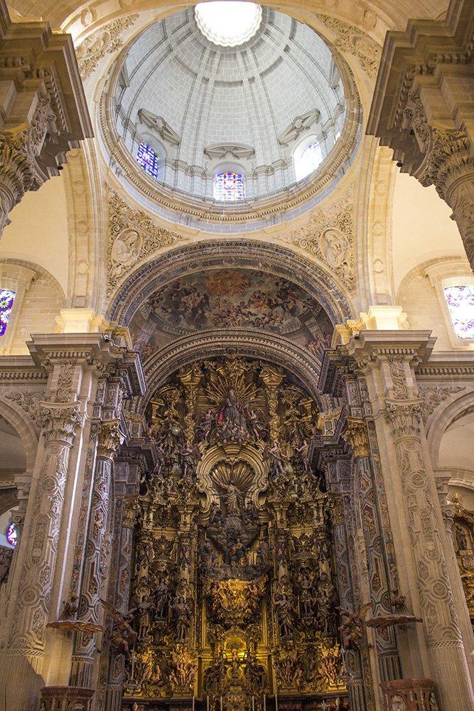 Главные и самые красивые достопримечательности Севильи | Церковь Сальвадора