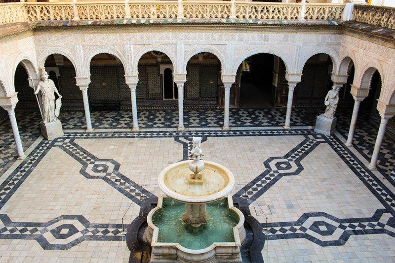 Главные и самые красивые достопримечательности Севильи | дом Пилата