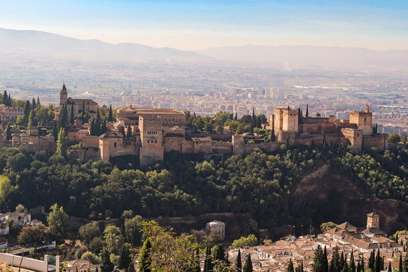 A 2-weeks DIY tour: Andalusia itinerary by bus | Alhambra from the Ermita de San Miguel Alto