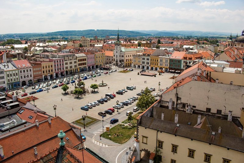 Czech Republic: Visiting Kromeriz Castle and Gardens from Brno   The Great Square