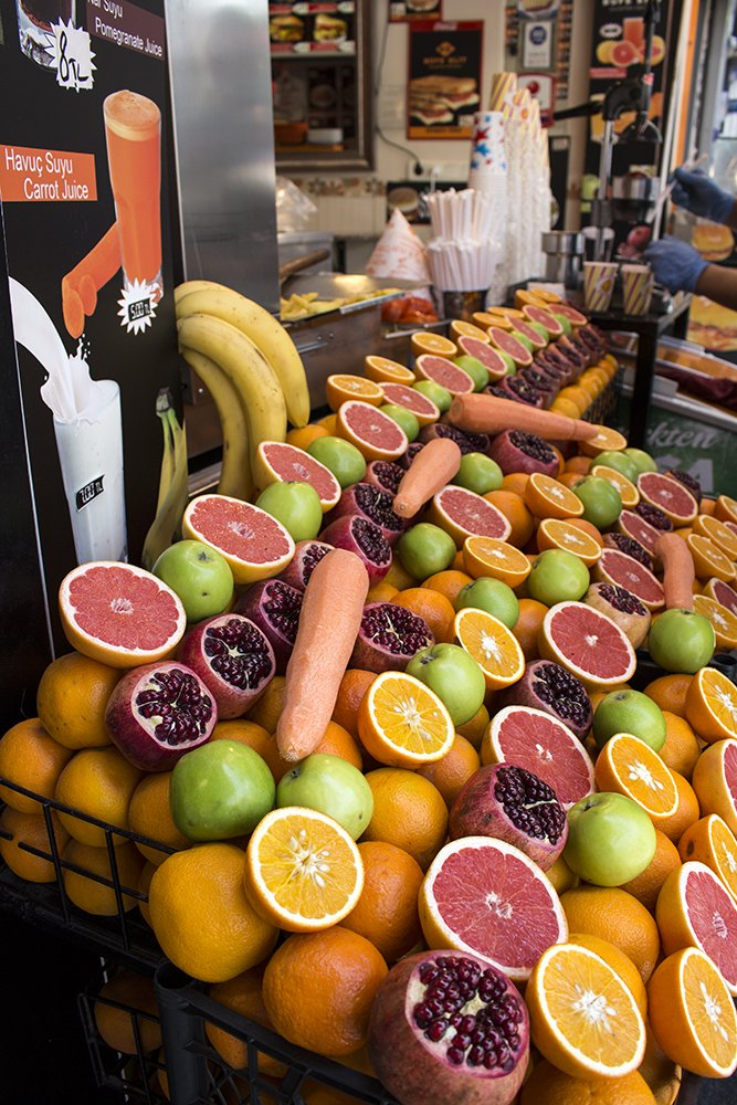 Traditional Turkish food: what to eat in Istanbul   Fruit for juice