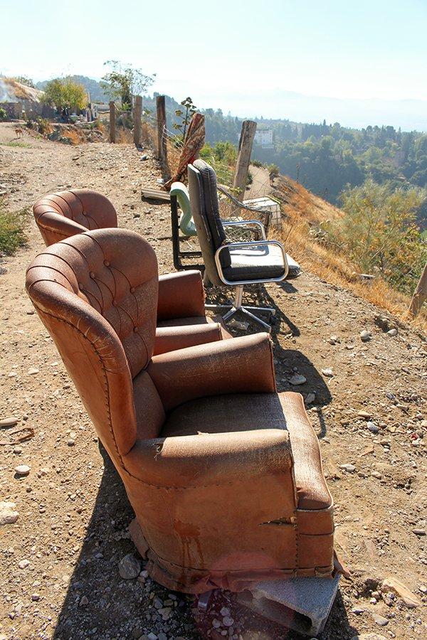 Замечательные кресла в Гранаде