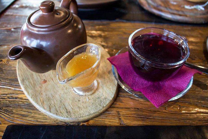 Herbal tea with honey in Listvyanka