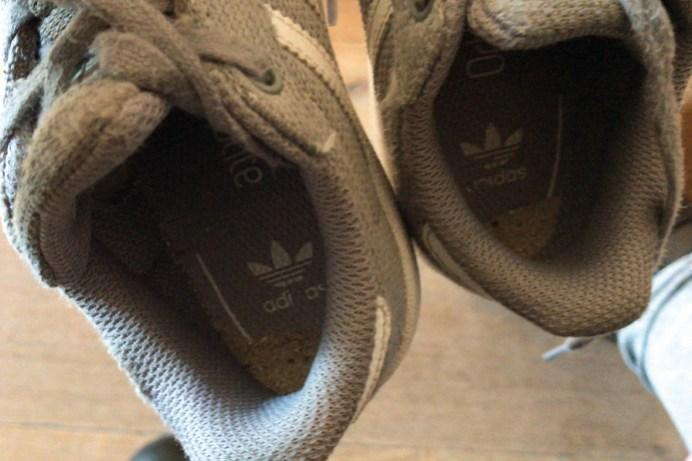 Zand in schoenen