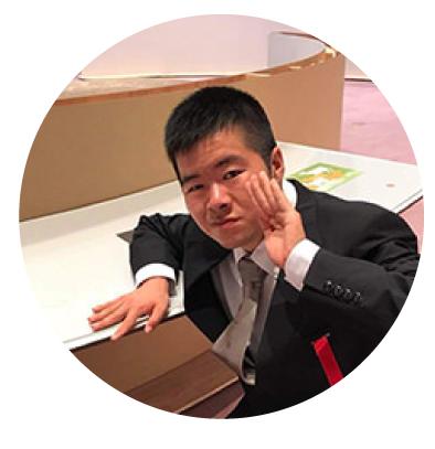 渡邊義紘/本展展示作家、切り絵作家