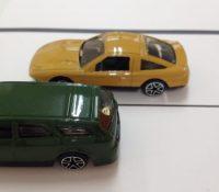 縦列駐車のコツ 簡単なポイントと手順を動画と画像の両方で解説