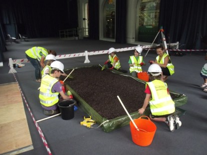 YAC taster - try our hand at digging