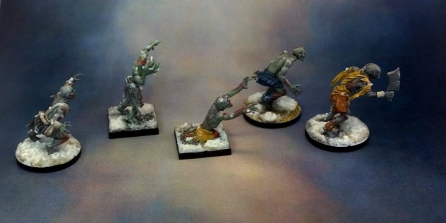 12-undead-horde-skeletons-zombie-and-ghoul-finished-left