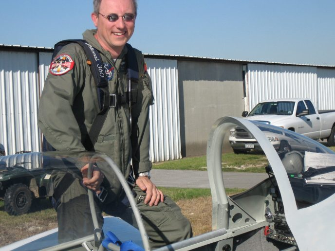 Paul returning from his first flight in the RV-8 that he built.