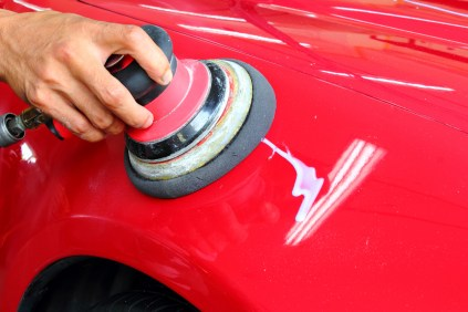 Polished wax a red car Cleaning