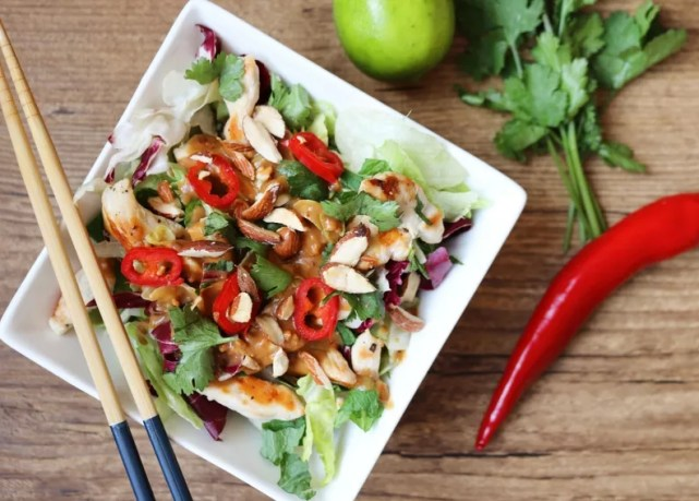 low carb recipes chicken satay salad