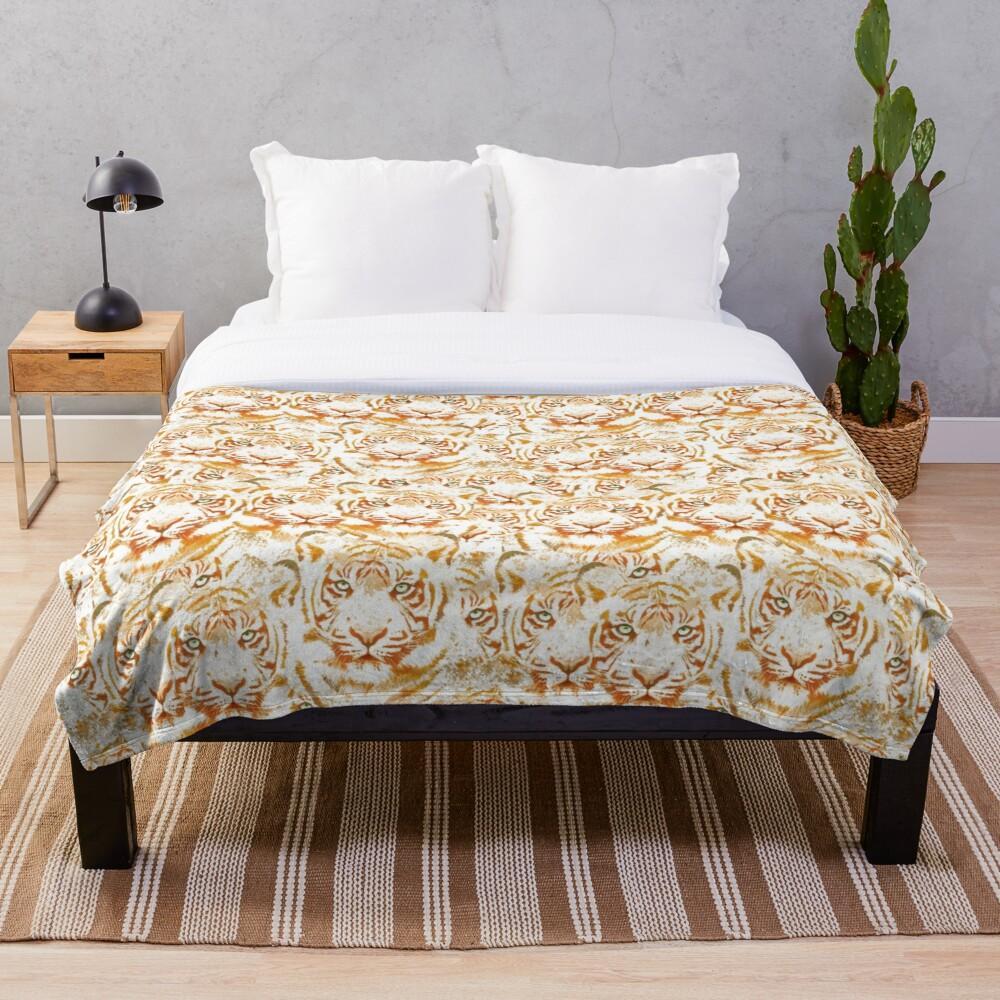 Tiger Face Design Pattern Throw Blanket