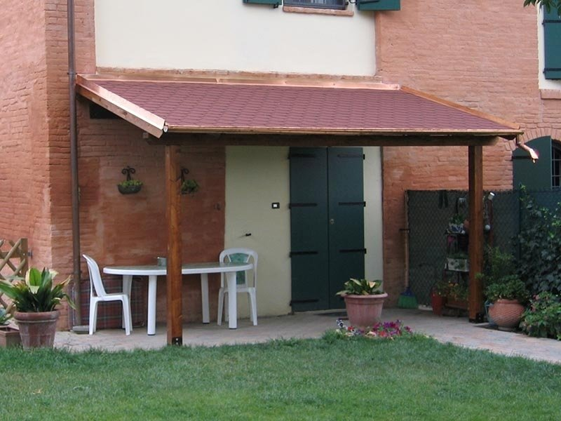 Vendita e installazione pergolati in legno e alluminio