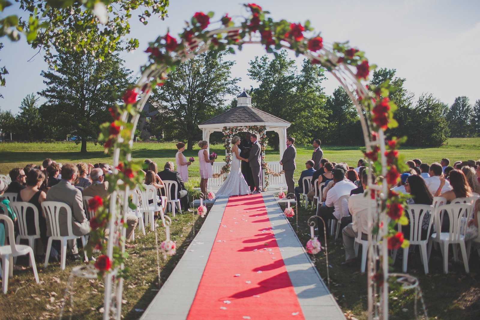 outdoor weddings the pros