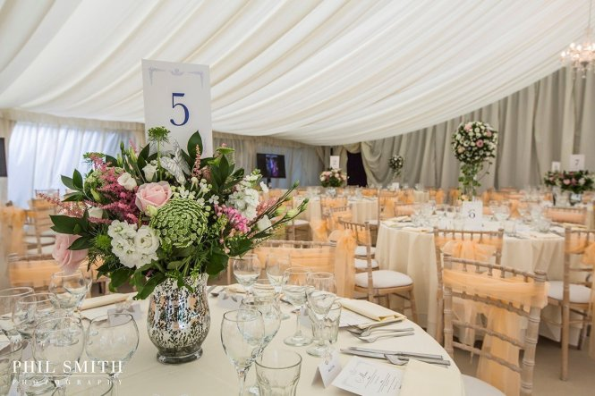 Blooms Florist Providing Unique Prop Hire From Centerpieces Chair Covers And Sashes Organza Taffeta Ties Mirrors Tealights Candelabras