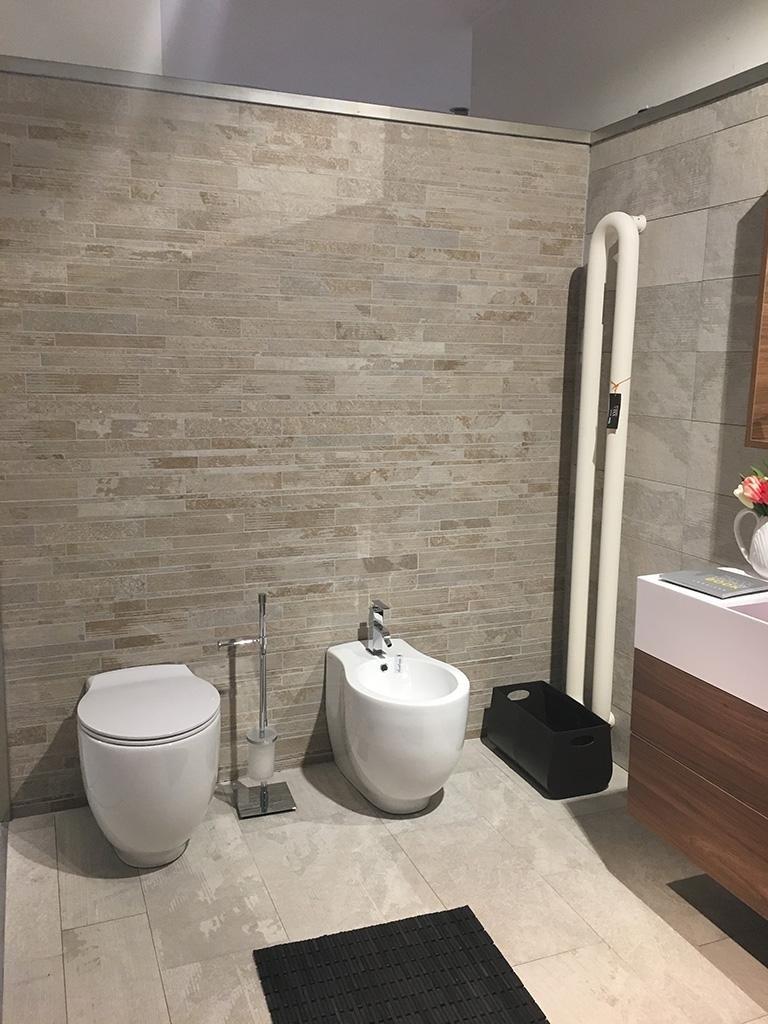 Vasche da bagno sanitari  Milano Rozzano Corsico Buccinasco Cesano Boscone Magenta