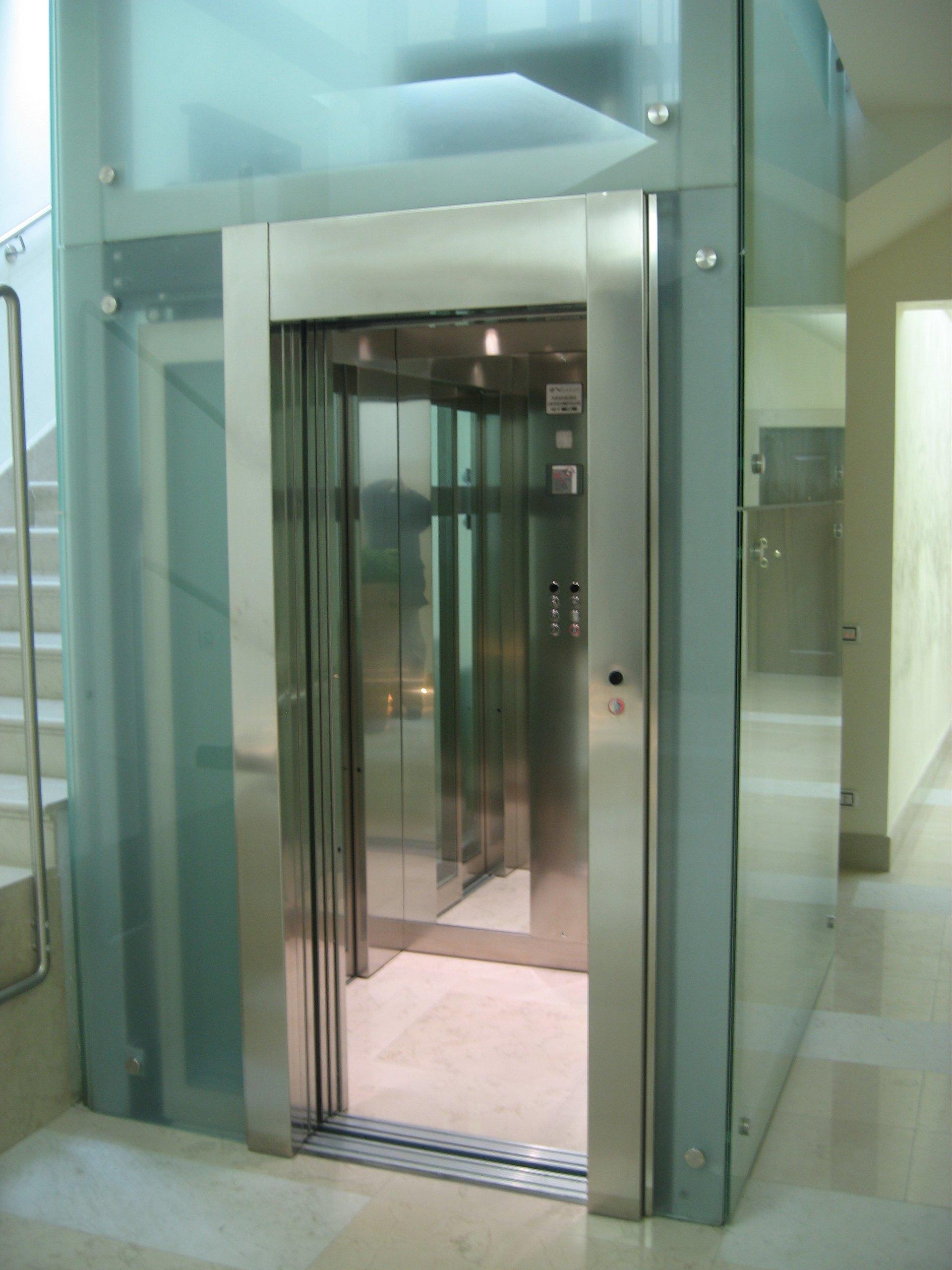 Montaggio ascensori  Mestrino PD  Vergati Ascensori
