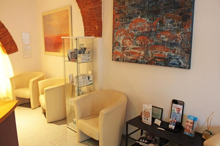 Studio Odontoiatrico  Piombino  Livorno  Studio Odontoiatrico Dott Luca Nobili