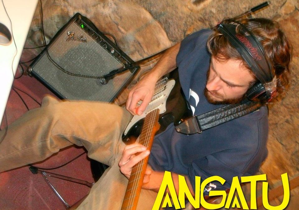 Banda Angatu Grava seu Primeiro Álbum
