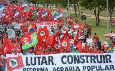 MST terrorista? Criminalizar MTST e movimentos ditos sociais que invadem propriedades?!