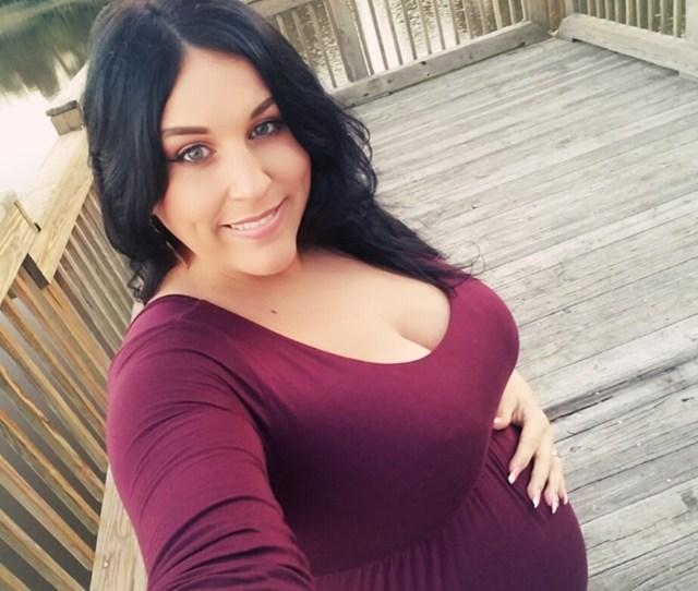 9 Months Pregnant Selfie