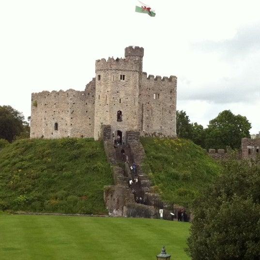 Cardiff Castle Castell Caerdydd Cathays 72 Tips From