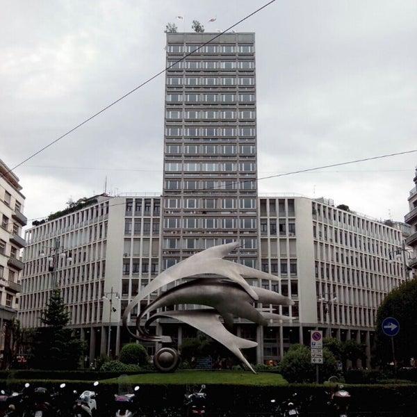 Piazza Armando Diaz  Plaza in Milano