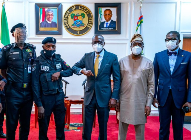 Governor Babajide Sanwo-Olu meets and commends Lagos policeman who was assaulted by traffic offender (video)