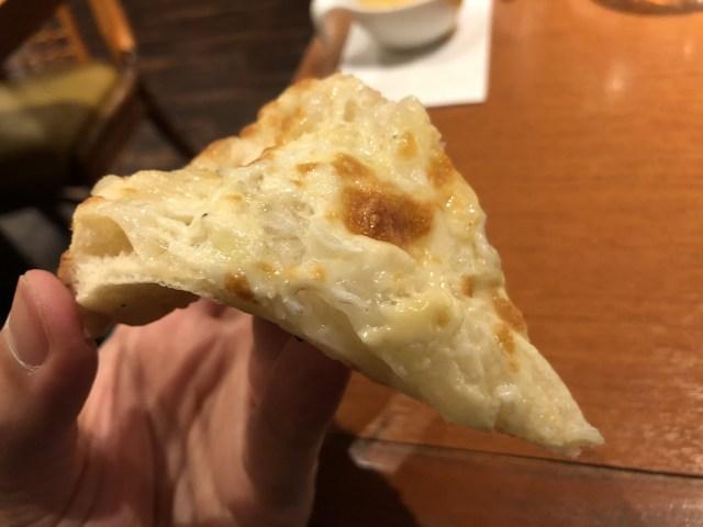 入間市のモダンパスタのピザ1