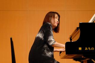 UCI Welcomes Renowned Pianist Mari Akagi