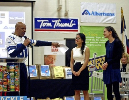 Drew Pearson Kicks off the Souper Bowl of Caring - photo courtest of the FW Star Telegram
