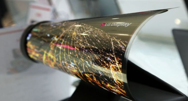 CES_2016_18_inch_Rollable_OLED.0.0