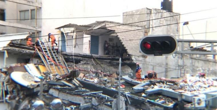 japoneses-sismo-derrumbe-alvaro-obregon-286-RA-768x391