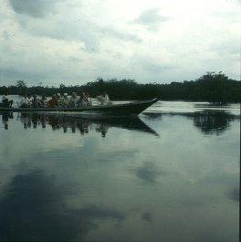 amazonas-bootsfahrt-gegenkommer