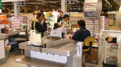 groenland-einkaufen Zigaretten und Munition 2007