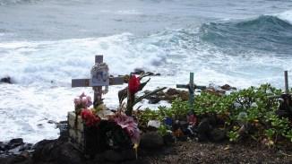 hawaii-Grabkreuze für Leichtsinnige 082