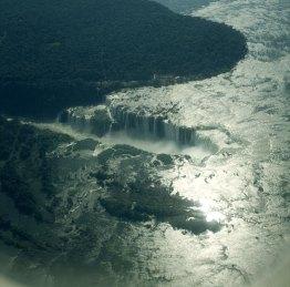 iguazu-falls-beim anflug - oben brasilien