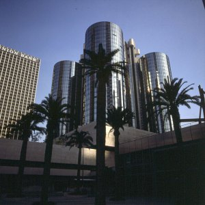 los-angeles-bonaventure-1
