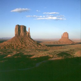 monument-valley-abend-3