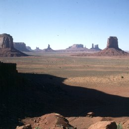 monument-valley-artists-point-1